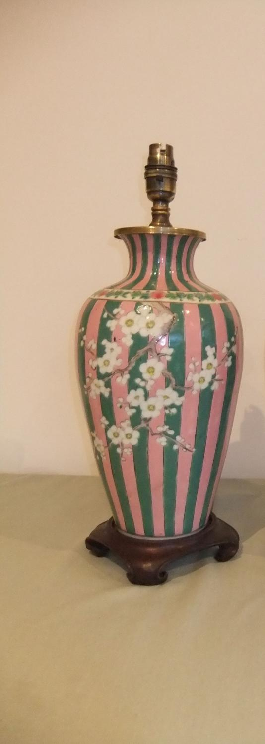 Striped Japanese porcelain lamp